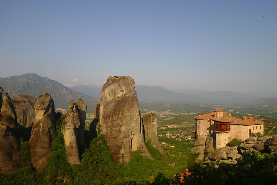 Grèce - Monastère perché sur les Météores