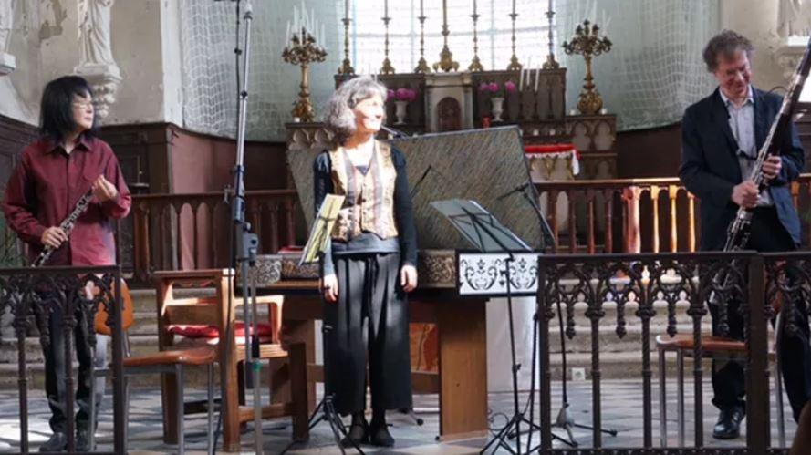 L'ensemble LA LORENZANY (photo issue du site armellechoquard.wixsite.com)
