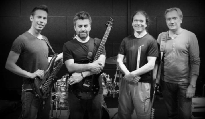 Groupe de rock TIMELESS