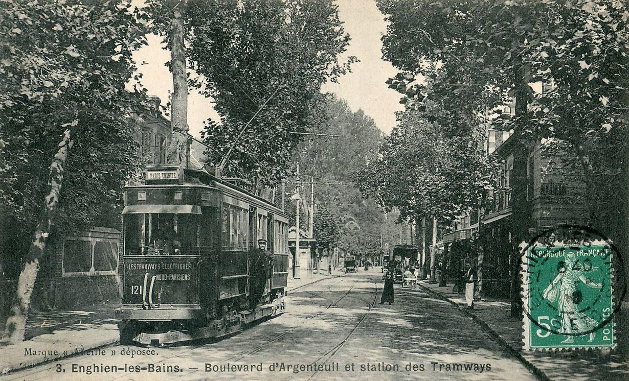 Tramway Epinay - Trinité