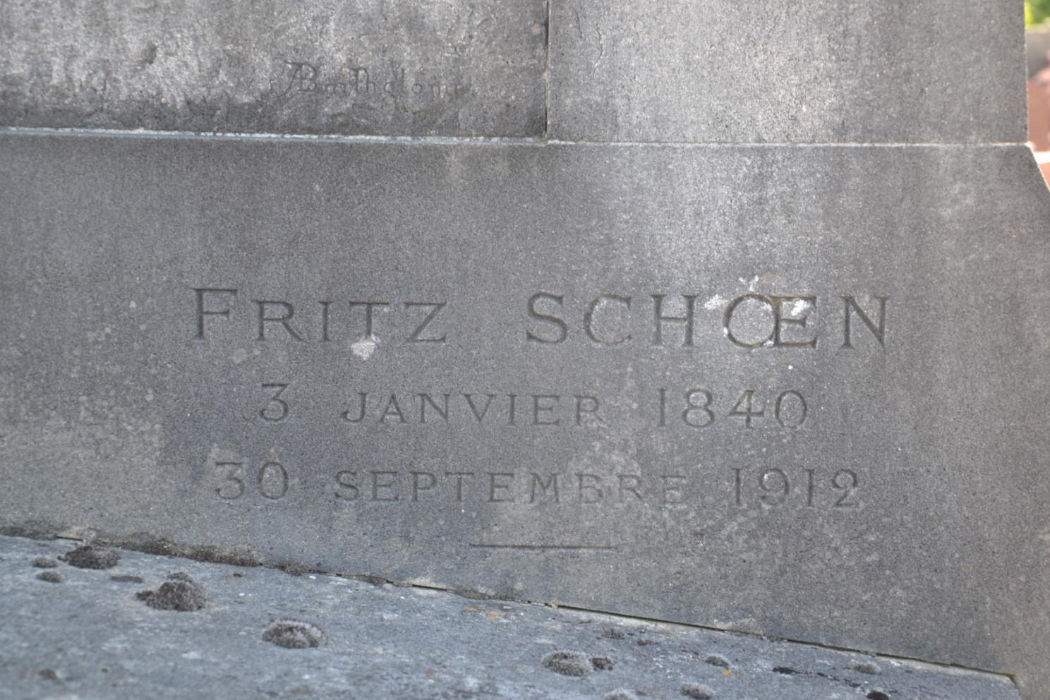 Pierre tombale Marie et Fritz Schoën - cimetière Montlignon