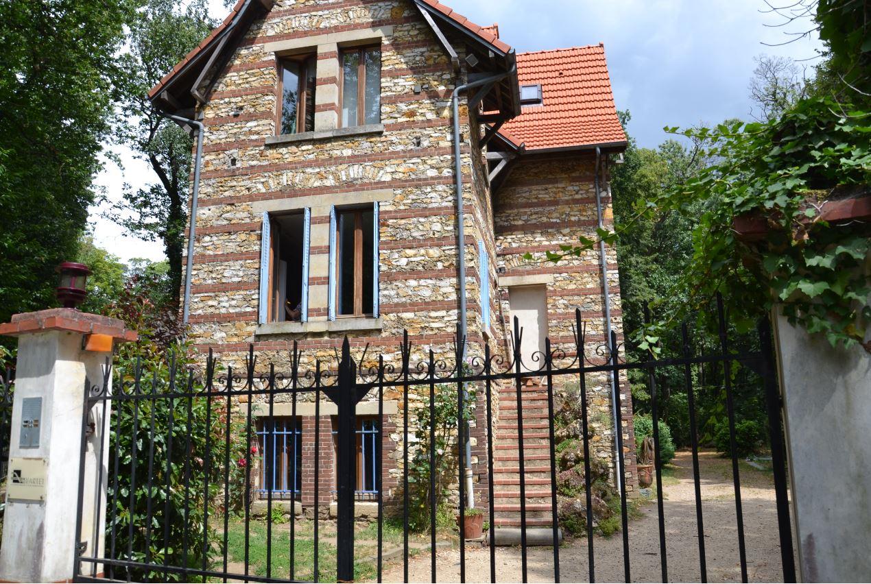 L'ancienne maison de garde à Saint-Prix