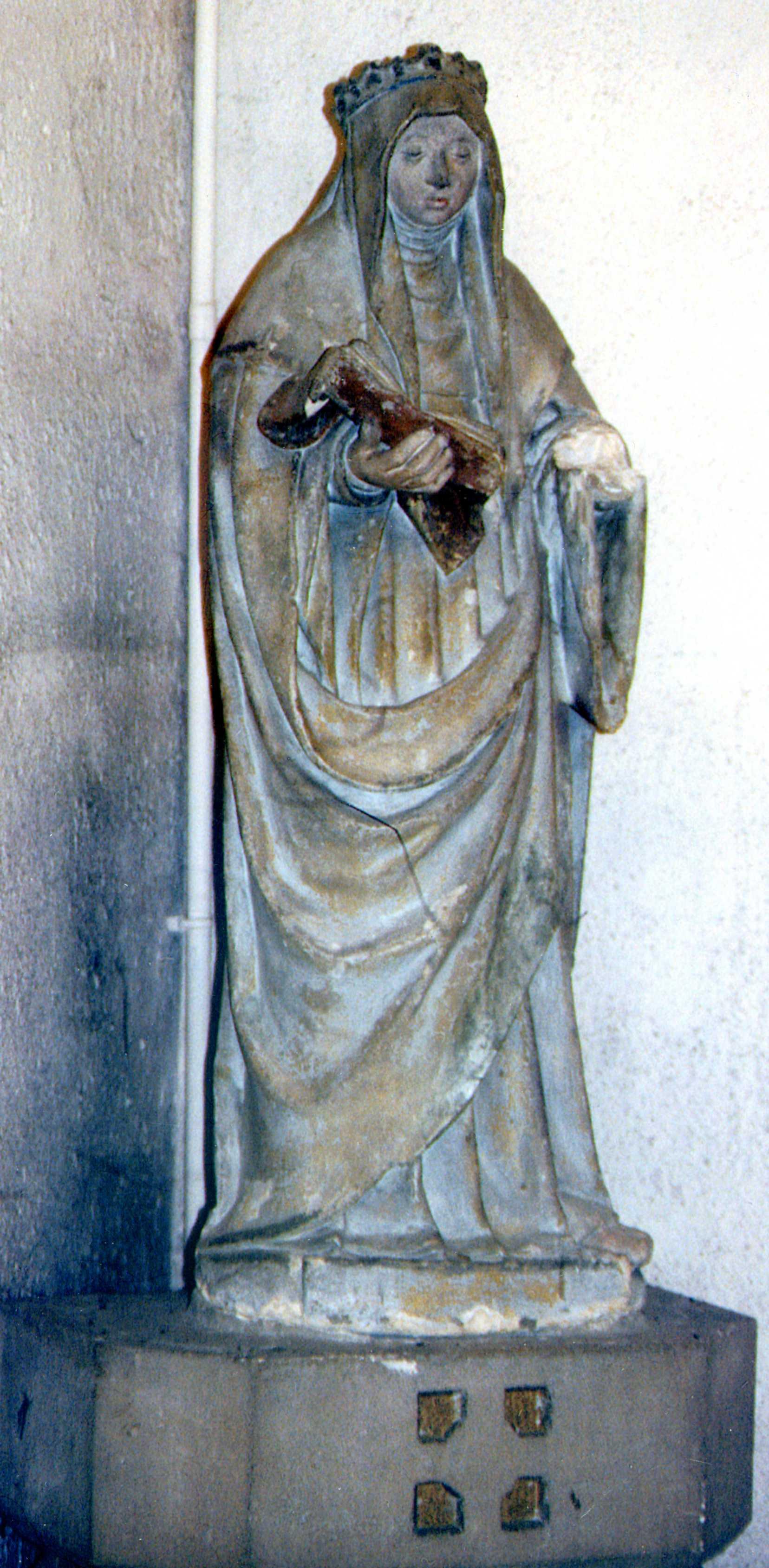 Saint Radegonde (statue visible maintenant dans l'églsie de Bouffémont)