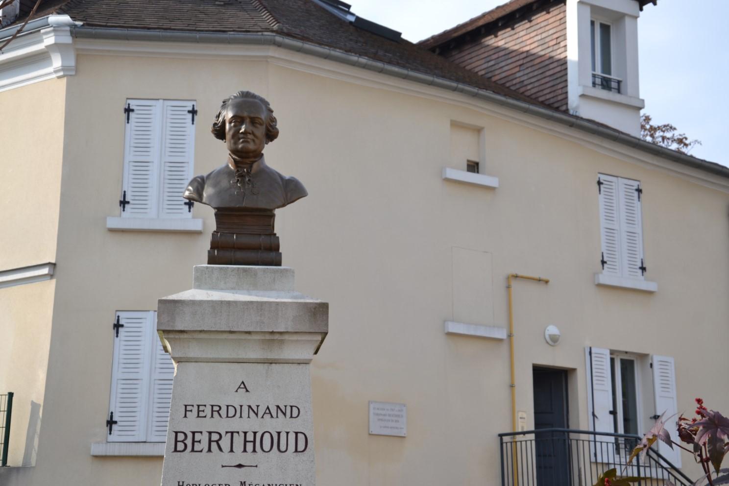 Le buste de Ferdinand Verthoud et sa maison à Groslay