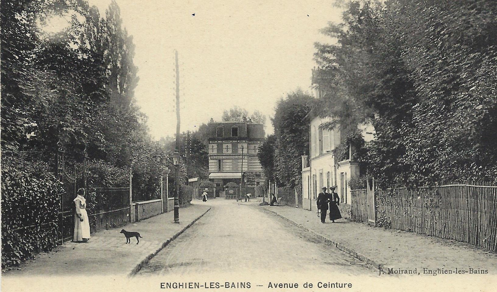 Le relais du Lac à Soisy (au bout de l'avenue de Ceinture)