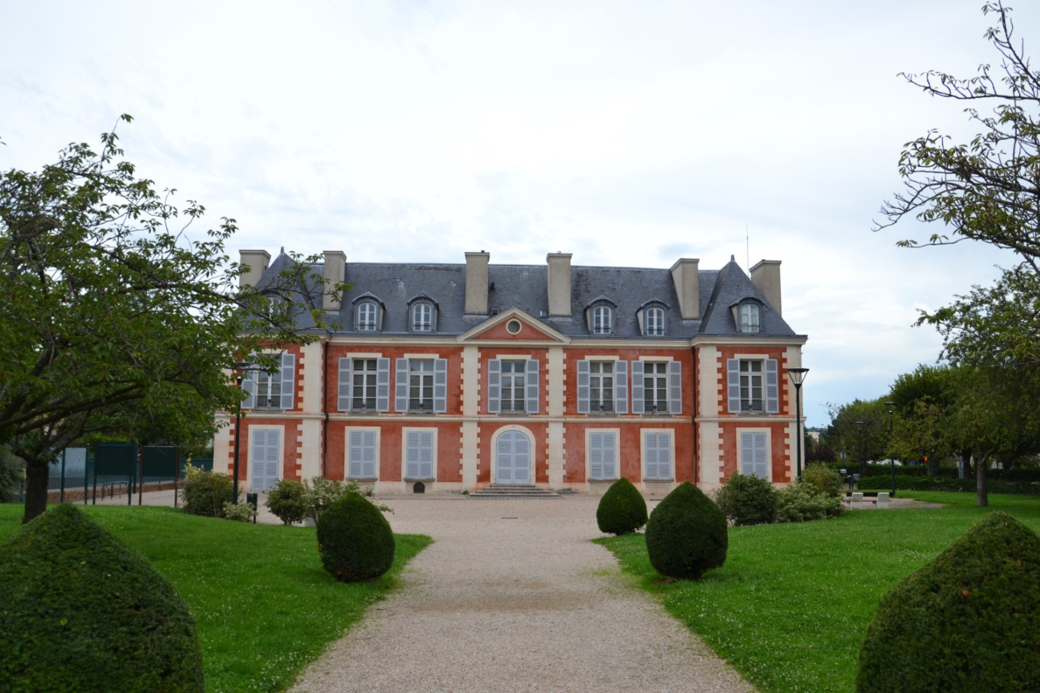 Château Catinat de Saint-Gratien