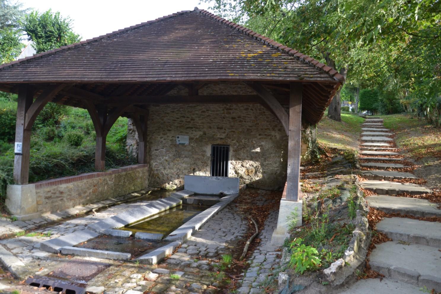 Lavoir de l'Eauriette à Saint-Leu-la-Forêt