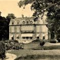 Le Château de la Chaumette à Saint-Leu-la-Forêt : la propriété de l'éminence grise de Napoléon est devenue un établissement scolaire.