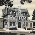 L'actuelle mairie de Saint-Gratien a été réalisée par l'architecte eaubonnais Paul Nief et inaugurée en 1909!