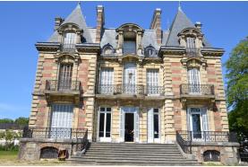 Le château du Val Joli à Eaubonne: il continue d'accueillir de nombreux événements.