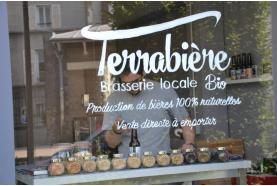 Emilie et Julien brassent à Deuil-la-Barre les premières bières