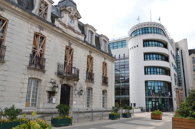 Ancienne et nouvelle mairie de Sannois (mai 2020)
