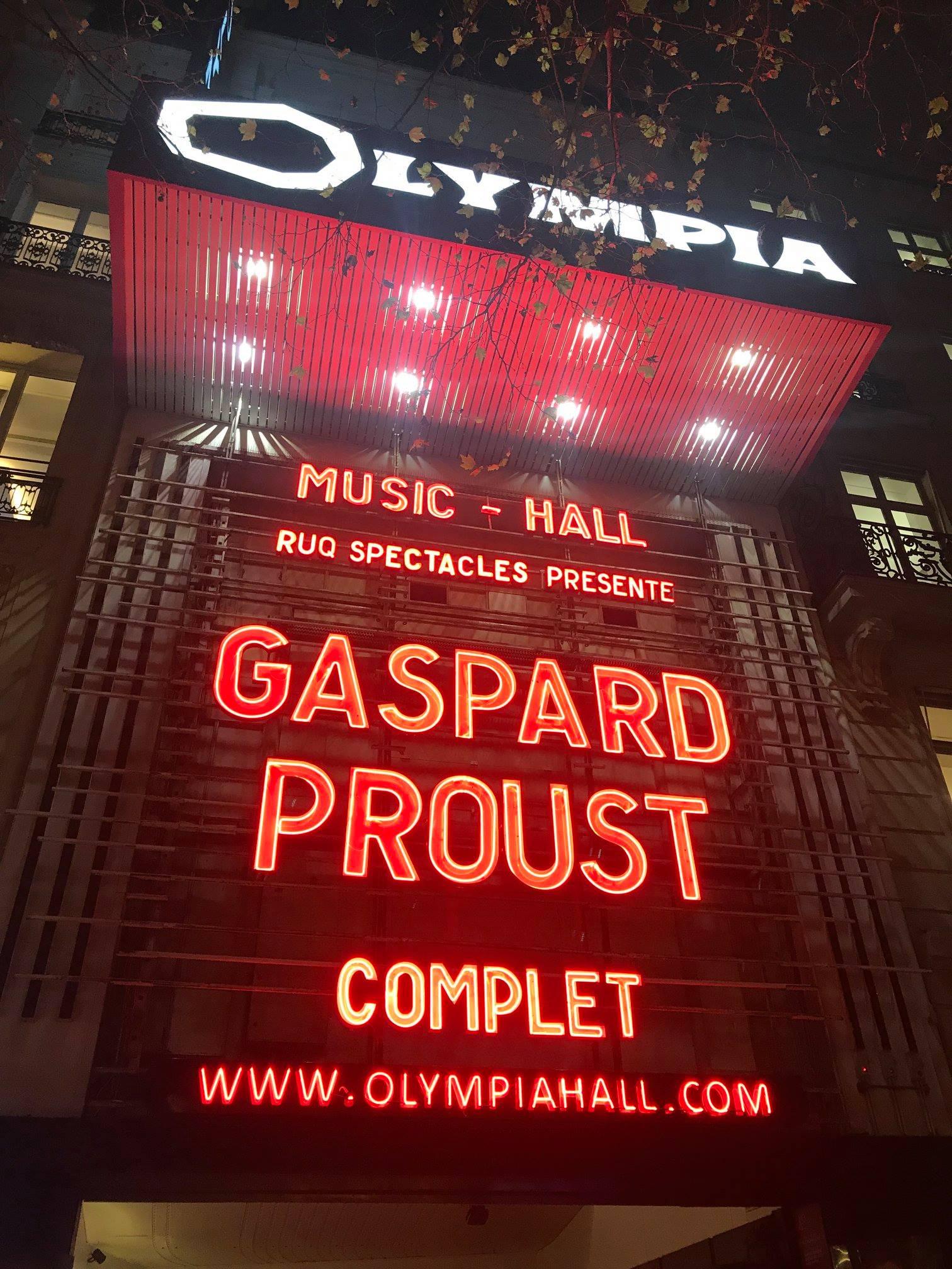 Gaspard Proust à l'Olympia (photo issue de la page Facebook de l'artiste)