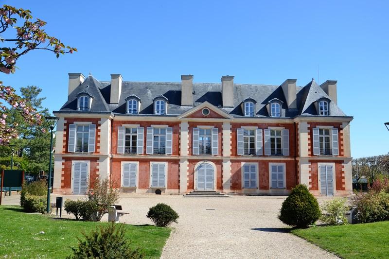 Le château Catinat à Saint-Gratien (avril 2021)