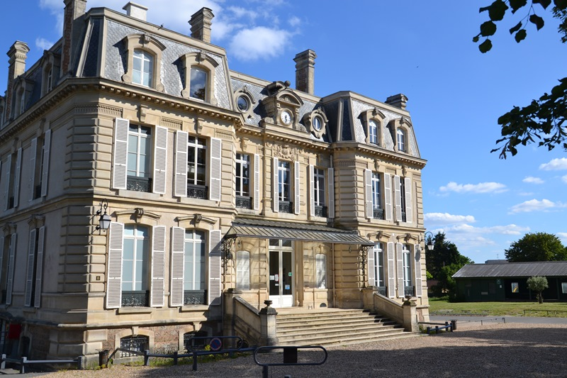 Château de la Chaumette (école du Rosaire) à saint-Leu-la-Forêt