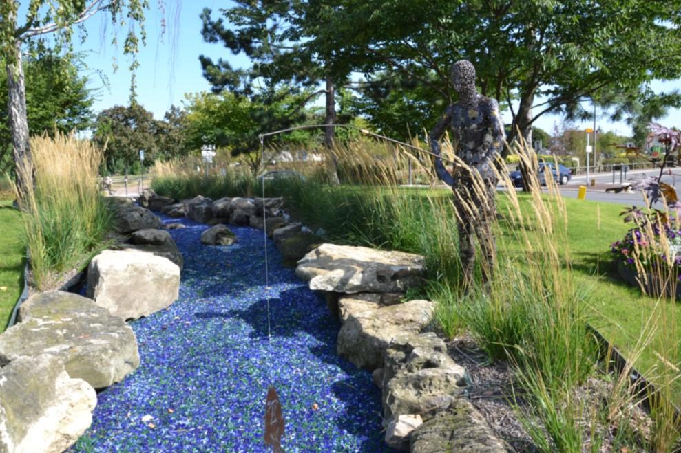 Octobre 2018 - Sculpture au rond-point de la piscine de Franconville
