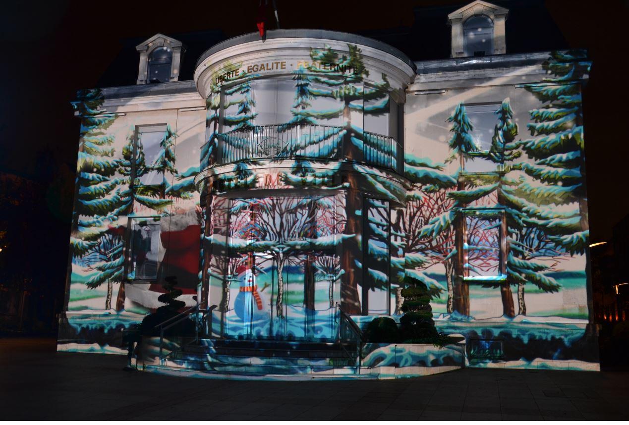 Projections monumentales sur la mairie d'Enghien (décembre 2019)