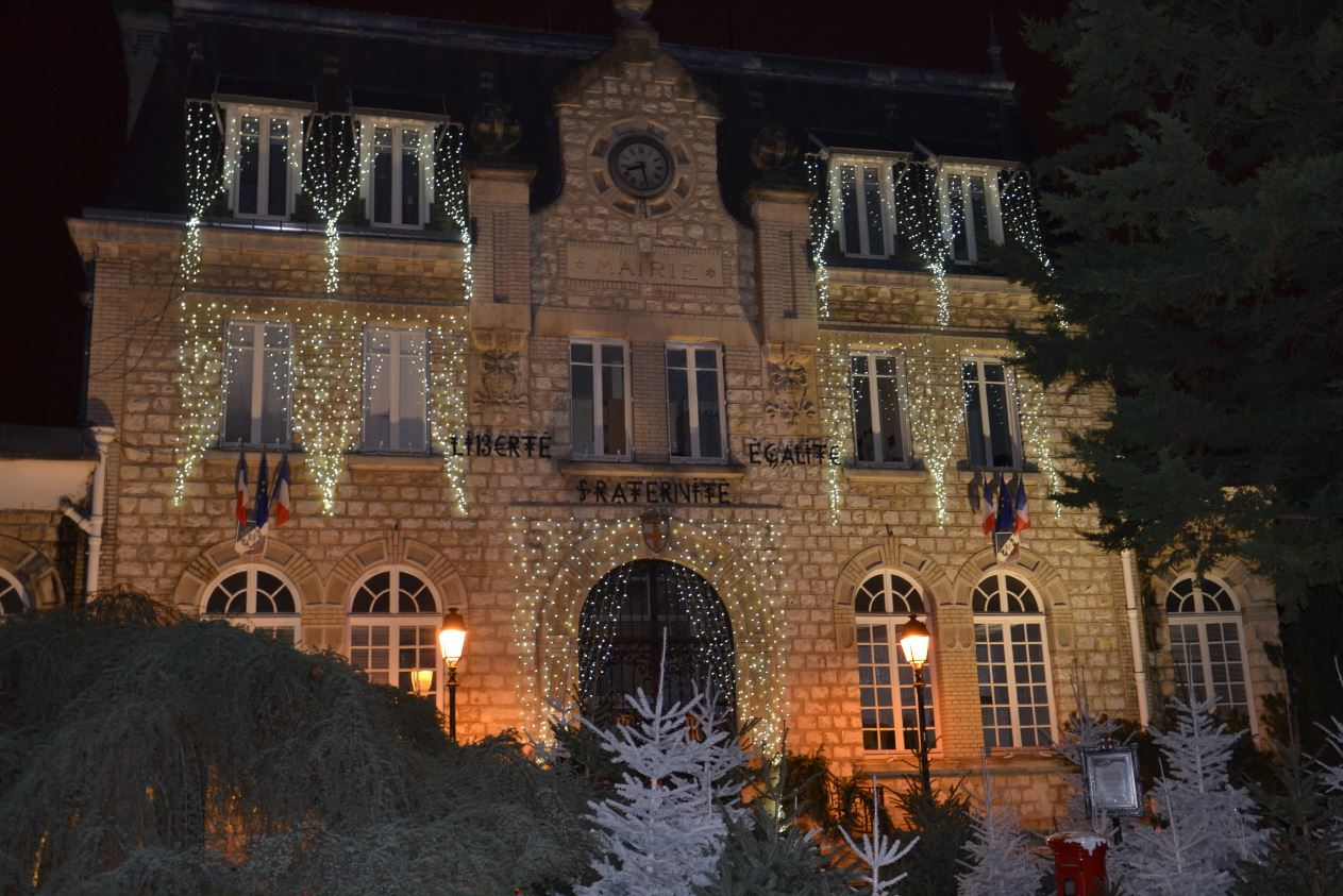 Illuminations à Saint-Gratien - mairie (décembre 2019)